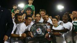 10SOCCER-COSMOS WON SPRING CHAMPION 2015